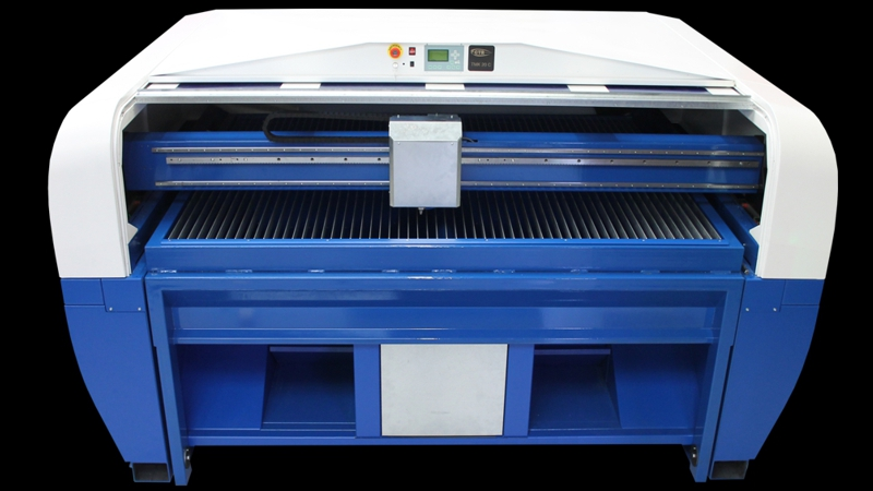 TMK20 laser machine (1500 x 2000 mm)